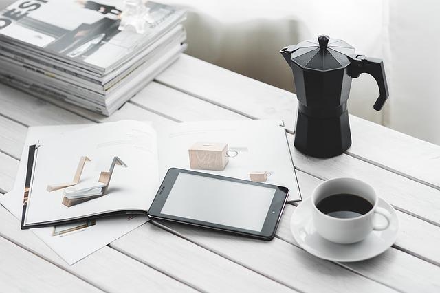 káva a mobil